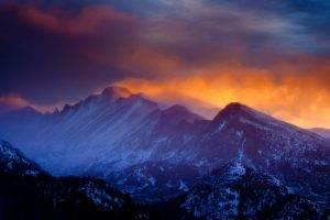 nature, Landscape, Mountain, Sunset, Rocky Mountain National Park, Clouds, Forest, Mist, Snowy Peak, Winter