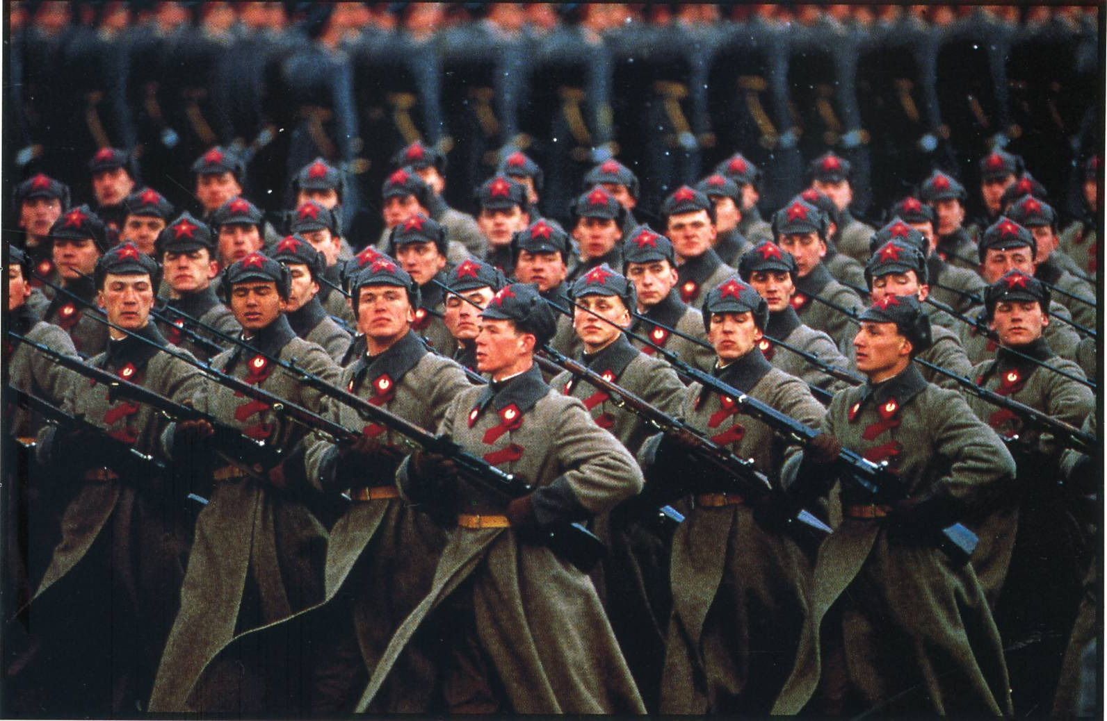 Rifles Of Russian Army Hd Wallpaper: Soldier, Men, Red Army, Parade, Rifles, Bayonette