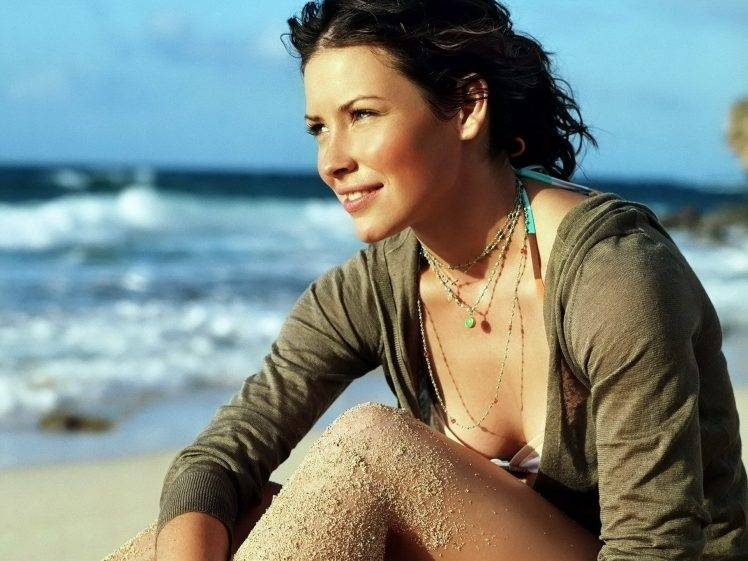 model, Evangeline Lilly, Brunette, Beach HD Wallpaper Desktop Background