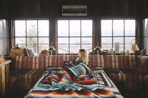 women, Blonde, Cabin, Snow, Blankets, Interiors, Window, Colorful, Vignette
