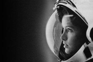 women, Astronaut, Anna Lee Fisher, Spacesuit, Monochrome