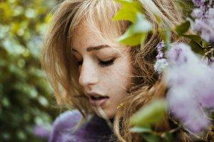women, Women Outdoors, Closed Eyes, Face, Freckles, Flowers