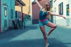 ballet blonde
