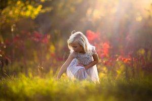 children nature sunlight blonde depth of field white dress crouching jake olson
