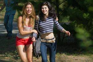 alexandra daddario celebrity blue eyes jeans blonde brunette