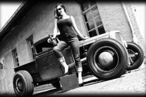 vehicles, Cars, Auto, Hot, Rod, Rat, Classic, Retro, Old, Wheels, Black, White, Architecture, Buildings, Brick, Women, Females, Girls, Babes, Model, Sexy, Sensual, Brunette