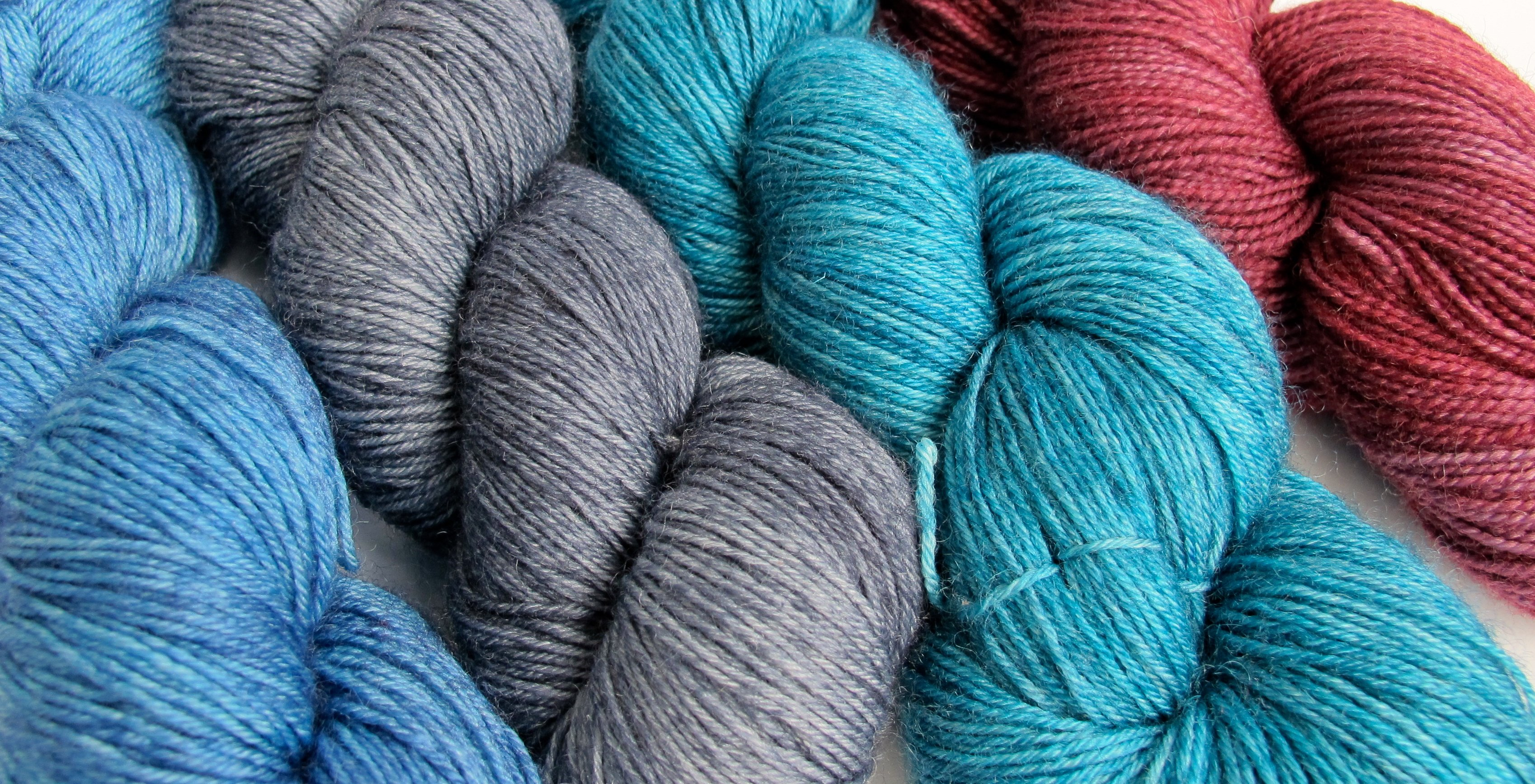 Bernat Big Ball Blanket Yarn - Knitting & Crochet Yarn | JOANN