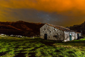 house, Night, Stars, Timelapse, Sky, Clouds, Mountains, Landscapes, Buildings