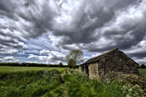 house, Stones, Clouds, Sky, Grass, Green, Countryside, Spring, Fields, Farms, Trees, Forest
