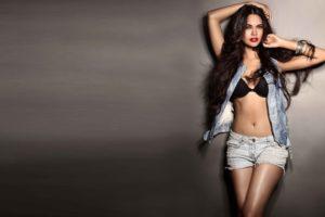 esha, Gupta, Bollywood, Actress, Model, Girl, Beautiful, Brunette, Pretty, Cute, Beauty, Sexy, Hot, Pose, Face, Eyes, Hair, Lips, Smile, Figure, India