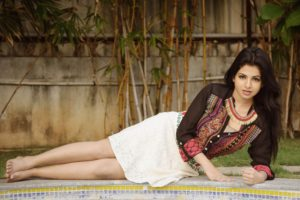 iswarya, Menon, Bollywood, Actress, Model, Girl, Beautiful, Brunette, Pretty, Cute, Beauty, Sexy, Hot, Pose, Face, Eyes, Hair, Lips, Smile, Figure, India