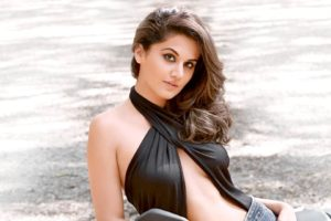 taapsee, Pannu, Bollywood, Actress, Model, Girl, Beautiful, Brunette, Pretty, Cute, Beauty, Sexy, Hot, Pose, Face, Eyes, Hair, Lips, Smile, Figure, India