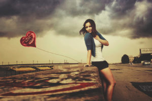people, Women, Feamle, Girl, Babes, Sexy, Sensual, Bokeh, Roads, Mood, Emotion, Love, Romance, Balloon, Legs, Brunette, Sky, Clouds, Beaches, Wall, Sand, Graffiti