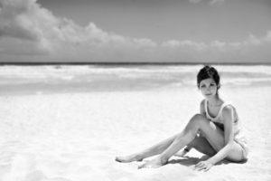 sitting, Short, Hair, Sitting, Woman, Beach, Monochrome, Women, Females, Girls, Sexy, Babes