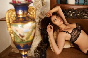 aditi, Rao, Hydari, Actress, Model, Girl, Beautiful, Brunette, Pretty, Cute, Beauty, Sexy, Hot, Pose, Face, Eyes, Hair, Lips, Smile, Figure, India