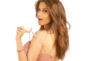 nyra, Banerjee, Bollywood, Actress, Model, Girl, Beautiful, Brunette, Pretty, Cute, Beauty, Sexy, Hot, Pose, Face, Eyes, Hair, Lips, Smile, Figure, India